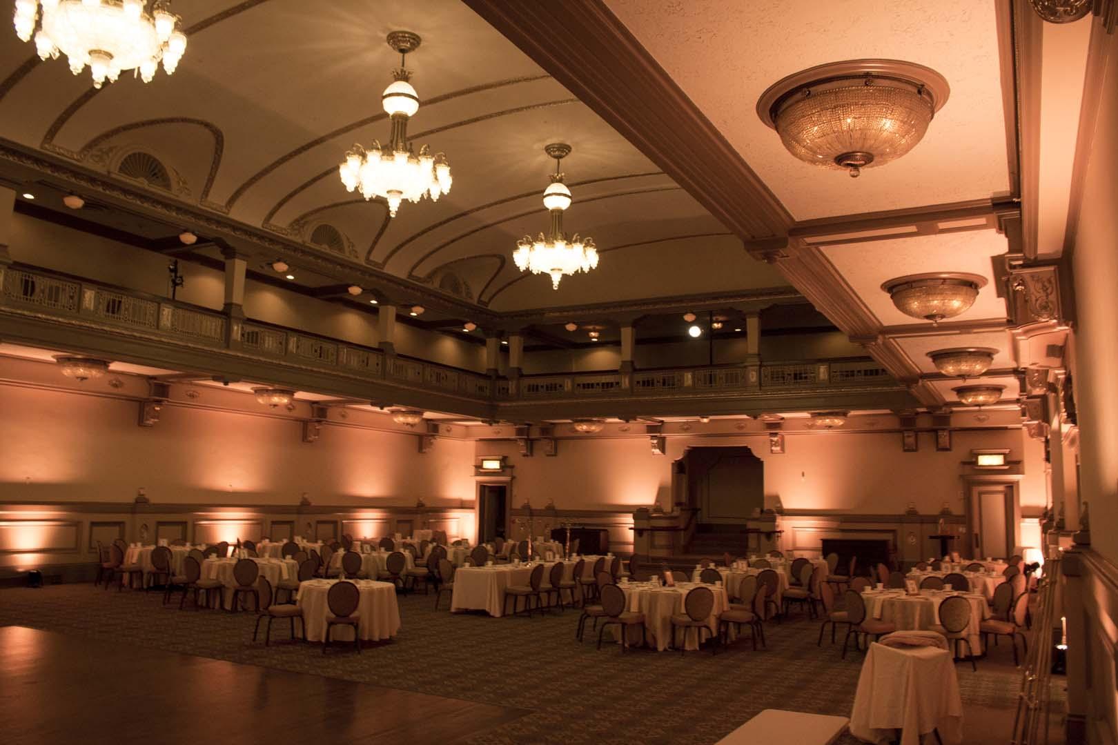 Wedding Uplighting hotel John Marshall